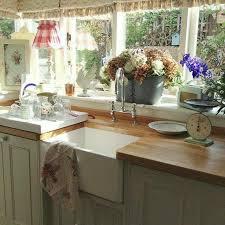 shabby chic kitchen furniture pin by ruffing on kool kitchens shabby chic
