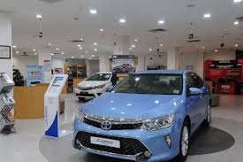 toyota car showroom galaxy toyota showroom shalimar bagh toyota car showroom in north delhi