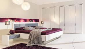 wandgestaltung schlafzimmer lila schlafzimmer beige lila haus design ideen