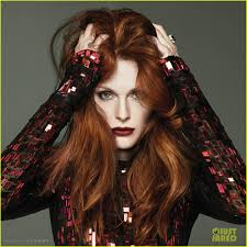 julie ann moore s hair color julianne moore shows lots of leg cleavage for beach magazine