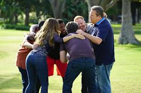modern family season 8 episode 7 photos thanksgiving jamboree