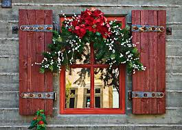 Big Window Christmas Decorations by Window Decoration For Christmas Spread A Great Festive Mood 1