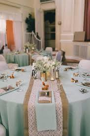 Burlap Wedding Centerpieces by Best 10 Rustic Table Settings Ideas On Pinterest Rustic Wedding