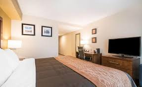 Comfort Inn Barre Vt Comfort Inn U0026 Suites Brattleboro Brattleboro