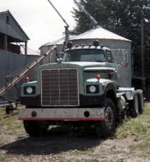 dodge semi trucks farm 1976 dodge bighorn semi truck