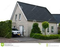 Haus Und Garten Ideen Modernes Haus Mit Garten U2013 Godsriddle Info