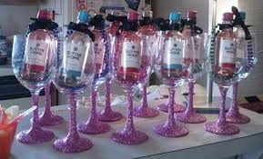 wine glasses wirh glitter stems and mini wine bottle with black