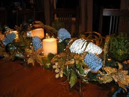Christmas Decoration Table Centerpieces by 30 Eye Catching Christmas Table Centerpieces Ideas