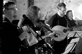 Barn Dance Names Irish Ceilidh Bands In Your Area Live Band Hire Wedding Kaylee