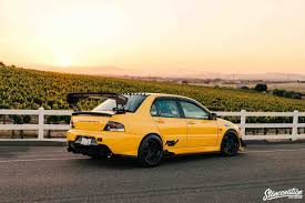 kereta mitsubishi evo sport modified car pictures
