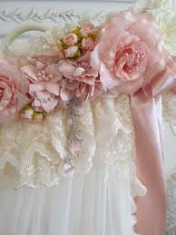 Shabby Chic Curtains Pinterest by 191 Best Windows And Window Treatments Images On Pinterest