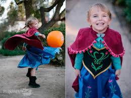 frozen family halloween costumes u2013 anna elsa u0026 kristoff