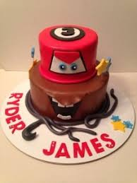 lightning mcqueen cakes disney s cars cake lightning mcqueen mater cakes by cathy