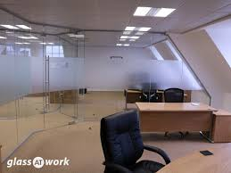 glazed frameless glass office partitioning