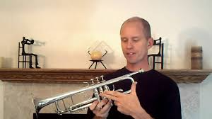 how to play the trumpet beginning lesson on making a tone youtube