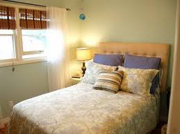 Small Guest Bedroom by Small Guest Bedroom Guest Bedroom Paint Red Flowers Small Guest