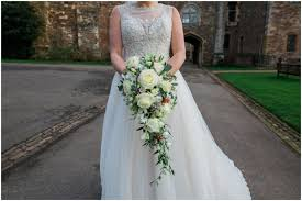 wedding flowers gloucestershire joe s winter berkeley castle wedding