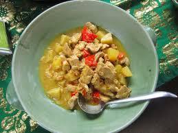 cuisine balinaise fourchettes et baguettes poulet au lait de coco à la balinaise be