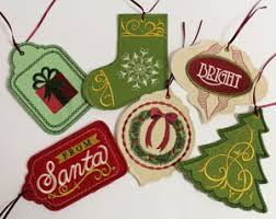 free project to make in the hoop gift tags in