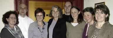 ... Lilli Schlachter, Armin Spitz, Dirigentin Ursula Wäschle-Weiger, Rosemarie Kolaczewitz und Silvia Jakob (von links). Foto: Ulrike Spiegelhalter. BERNAU. - 40363001