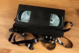 Wohnzimmerm El Von W Tmann Diese Disney Videokassetten Machen Sie Reich Techbook