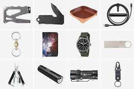 best gifts under 25 25 best everyday carry gifts under 50 hiconsumption