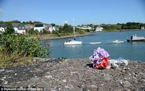Plymouth Herald News Desk Plymouth Man Dove Into Freezing Water To Try To Save Couple Whose