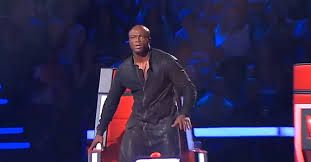 The Best Of The Voice Blind Auditions The Judge Stands In Shock When He Sees Who U0027s Singing On Stage Wow