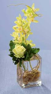 Opaque Vases Flower Arrangement Ideas I Would Use Real Flowers And Opaque