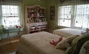Rustic Country Bedroom Ideas Home Design Ideas - Bedroom designs for 20 year old woman