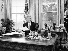 the working west wing president clinton in the oval office