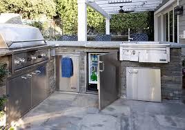outdoor kitchen cabinet doors diy 7 tips for designing the best outdoor kitchen