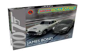 james bond aston martin scalextric 1 64 scale micro james bond set amazon co uk toys u0026 games
