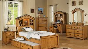 Bedroom With Oak Furniture 15 Oak Bedroom Furniture Sets Home Design Lover