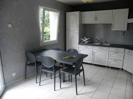 comment repeindre sa cuisine en bois repeindre une table de cuisine en bois fashion designs