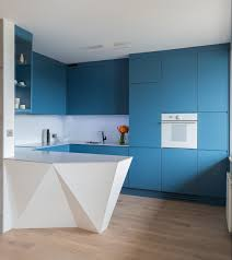 d馗oration int駻ieure cuisine décoration d intérieur en blanc et bleu pour toutes les pièces