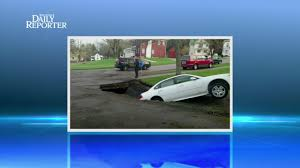 New York Sinkhole Map by Sinkhole Swallows Car In Wellsville Wivb Com