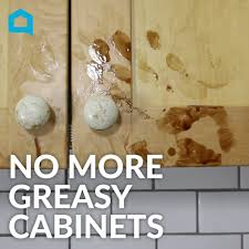 Cleaning Kitchen Cabinets by How To Clean Greasy Kitchen Cabinets In Under A Minute Youtube