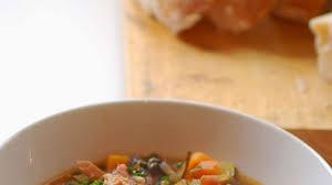cuisiner un jambonneau jambonneau aux lentilles recette par cuisine maison d autrefois