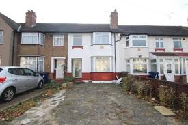 3 Bedroom House To Rent In Hounslow 3 Bedroom Houses To Rent In Greenford Middlesex Rightmove