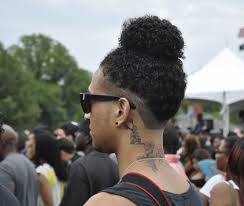 auaugust alsina haircut august alsina debuted his man bun yesterday and its trending 10