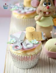 cinderella cupcakes cinderella cake and cupcakes dulce cake character