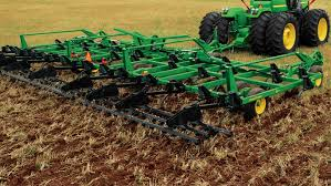 John Deere 7200 Planter by Tillage 2100 Minimum Till Ripper John Deere Us