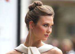 karlie kloss hair color karlie kloss hair tutorial steal her chic chignon