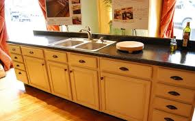 how to paint laminate kitchen cabinets image of painting laminate