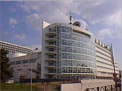 canal plus adresse siege europe 1 déménagera dans l ancien siège de canal technic2radio