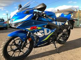 suzuki motorcycles gsxr suzuki gsx r125 125cc sports bike from suzuki available on finance