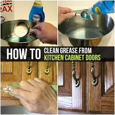 best way to clean kitchen cabinets doors how to clean grease from kitchen cabinet doors cleaning