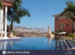 luxury hotel swimming pool villas stock photos u0026 luxury hotel