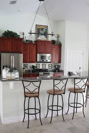 house design rules of thumb is there a color rule of thumb for kitchen islands